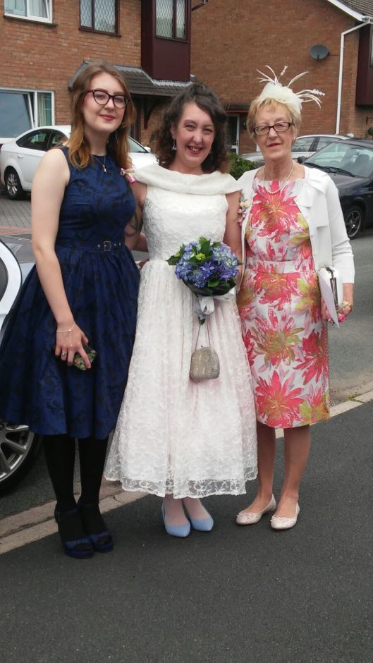 Wendy with Lauren and Gillian about to set off for Lichfield Registry Office